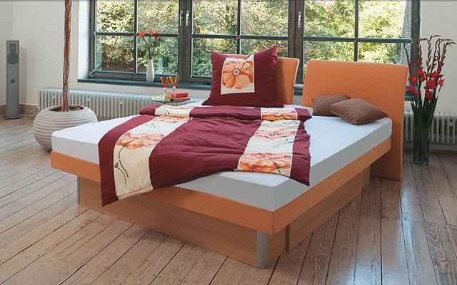 kopfteile und bettrahmen umrandungen bettenhaus berner. Black Bedroom Furniture Sets. Home Design Ideas